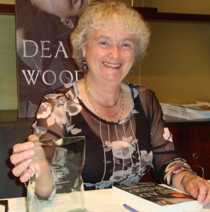 Chris Longmuir with her trophy for winning the Dundee International Book Prize