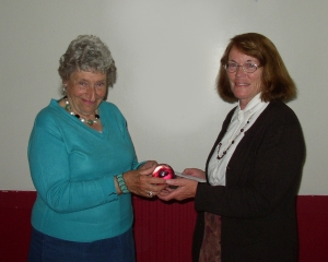 Margaret Gillies-Brown awards the Fireball to Grace Murray